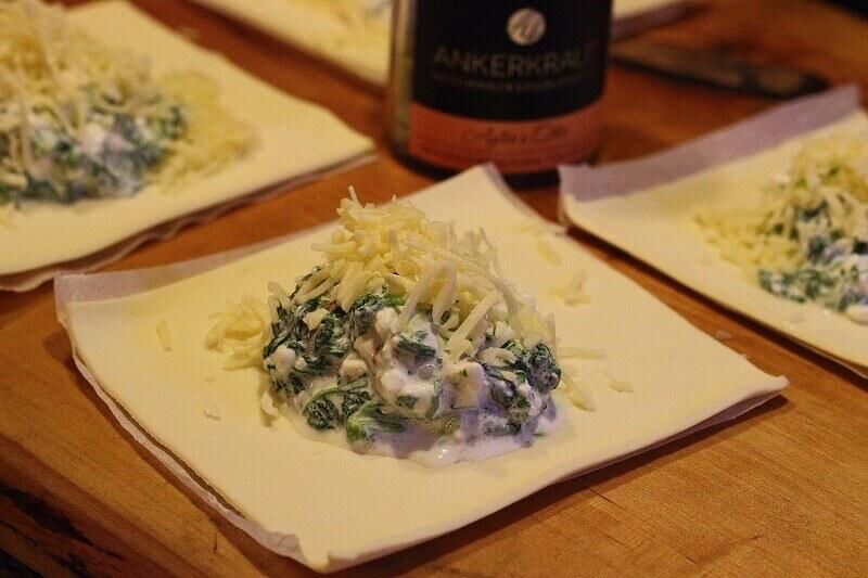 LivingBBQ Blätterteig Spinat Käse Füllung