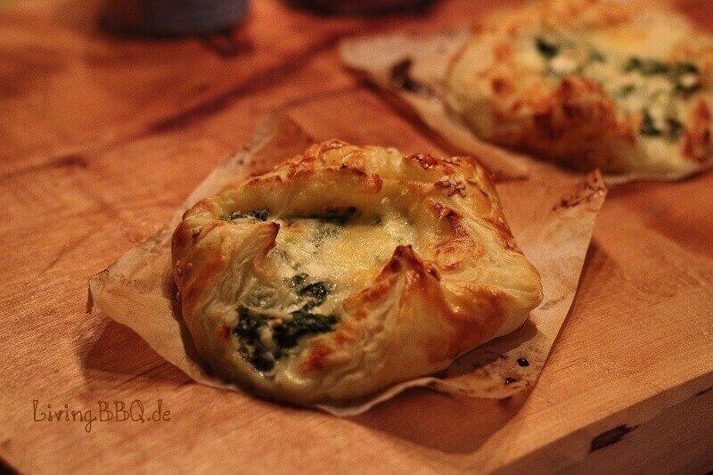 LivingBBQ Blätterteig Spinat Käse brand