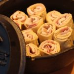 Living BBQ Chicken Cordon Bleu Schnecken Schnecken Dutch oven