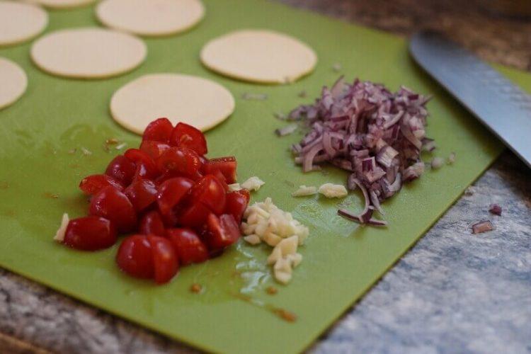 Mediterrane Blätterteig Veggies vom Grill blätterteig veggies vom grill_Living BBQ Bl  tterteig mediterran IMG 8540 750x500