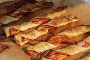 LivingBBQ Bacon Blätterteig Stangen bacon blätterteig_LivingBBQ Bacon Bl  tterteig Stangen 0181 300x200