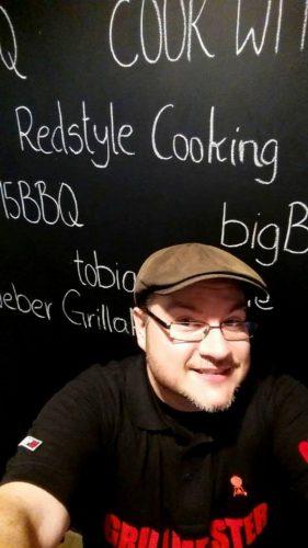 LivingBBQ GrilltankRedstyle Cooking _LivingBBQ GrilltankRedstyle Cooking 281x500