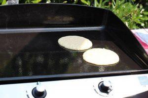 LivingBBQ Pancakes von der PlanchaIMG blaubeer pancakes_LivingBBQ Pancakes von der PlanchaIMG 1405 300x200