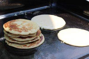 LivingBBQ Pancakes von der PlanchaIMG blaubeer pancakes_LivingBBQ Pancakes von der PlanchaIMG 1409 300x200