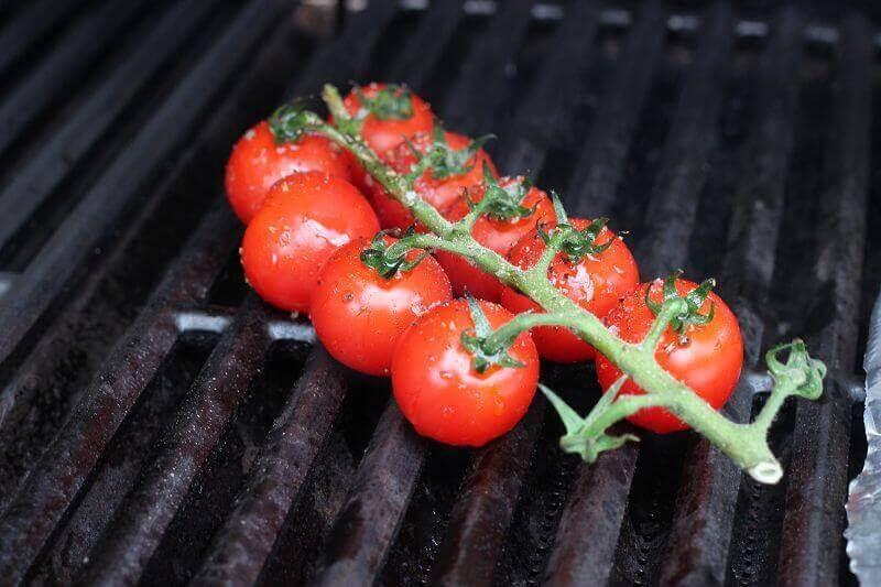 fruchtig würzige Rispentomaten vom Grill fruchtig würzige rispentomaten_LivingBBQfruchtig w  rzige Rispentomaten auf dem Grill