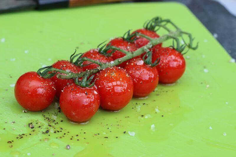 fruchtig würzige Rispentomaten vom Grill fruchtig würzige rispentomaten_LivingBBQfruchtig w  rzige Rispentomaten vom Grill w  rzen
