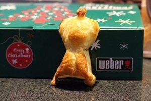 Blätterteig Toffifee Grillgebäck mit dem Weber Backset blätterteig toffifee grillgebäck_LivingBBQ IMG 5204 300x200