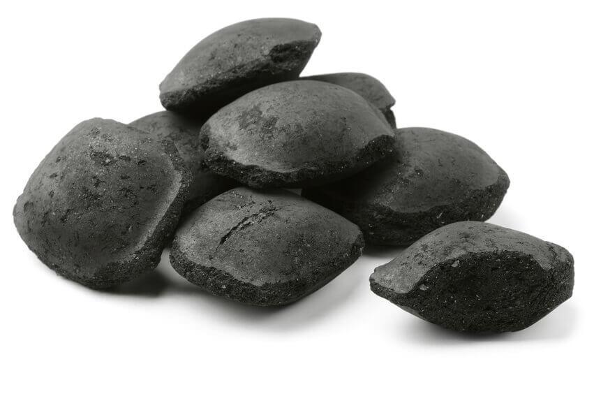ratgeber welche grillkohle kaufen holzkohle brikett oder kokoskohle. Black Bedroom Furniture Sets. Home Design Ideas