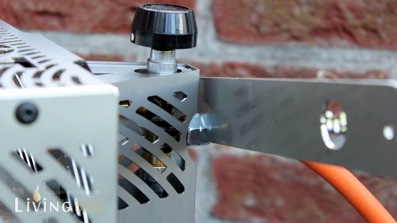 Rostheber und Schutzblech Gasleitung