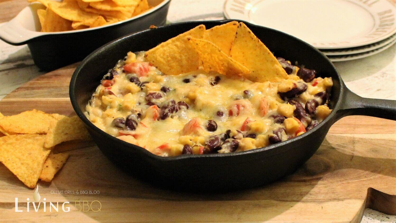 Käse Mais Dip mit Tortillachips