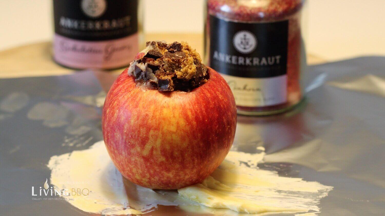 Bratapfel füllen bratapfel_Bratapfel Rezept auf Alufolie setzen