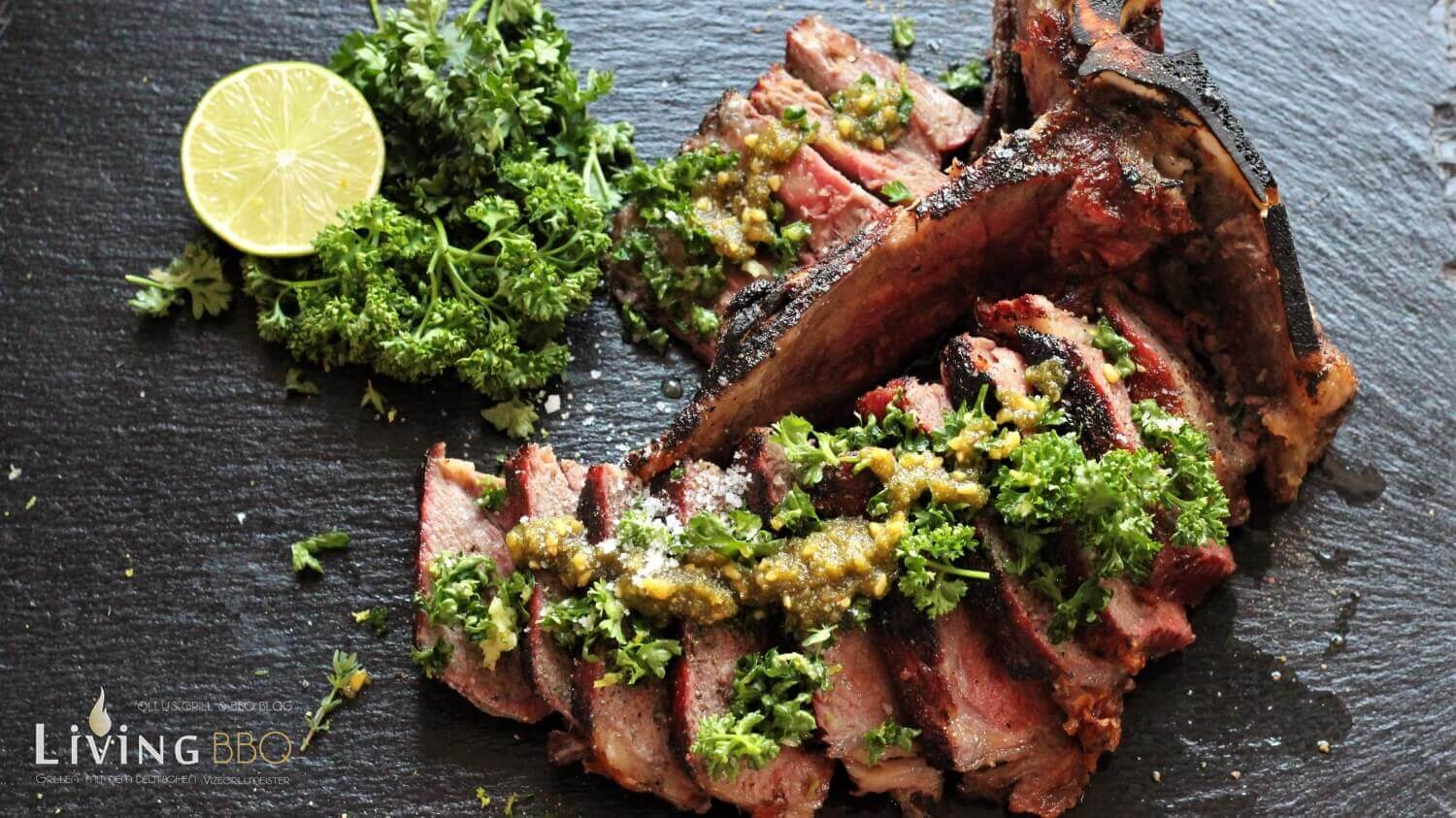 Dry Aged T-Bone Steak grillen Gremolata