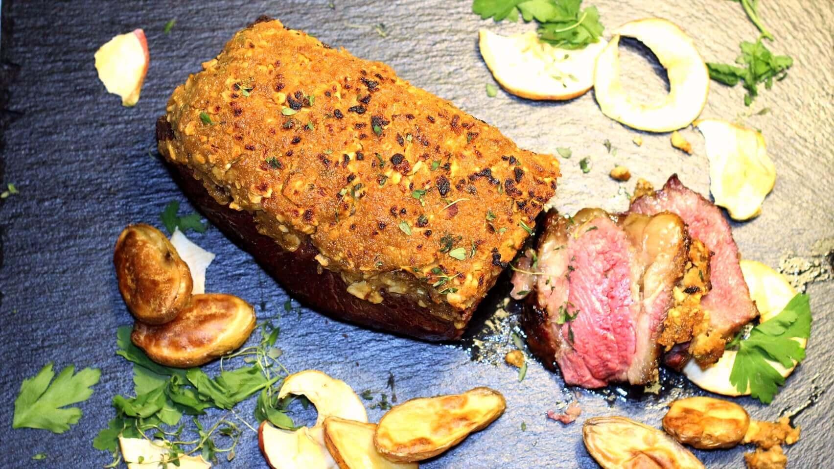 Dry Aged Roastbeef mit Apfel-Senf-Kruste roastbeef_Roastbeef Anschnitt