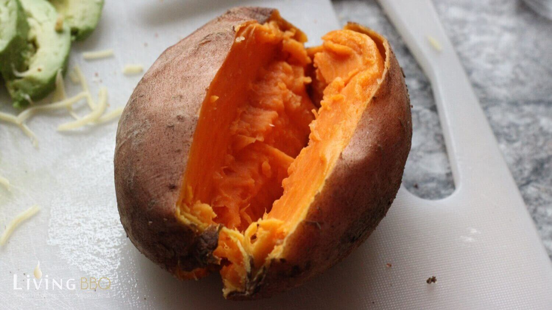 gefüllte Süßkartoffel - Süßkartoffel aufschneiden