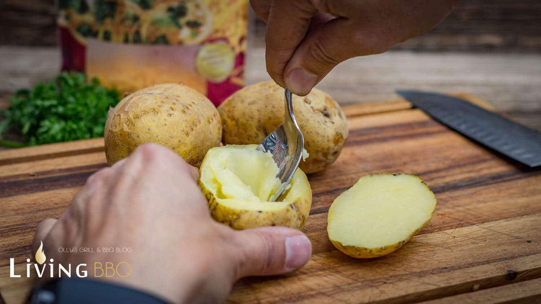 Ofenkartoffel mit geriebenem Cheddarkäse ofenkartoffel_Offenkartoffel mit Cheddar K  se 14 von 28