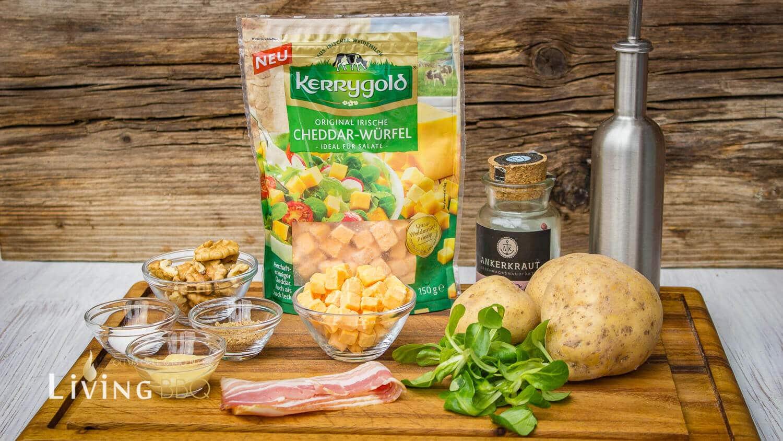 Feldsalat mit Kartoffeldressing und Cheddar Käse Würfel feldsalat mit kartoffeldressing_Feldsalat mit Kartoffeldressing und Cheddar Ka  se Wu  rfel 2 von 12