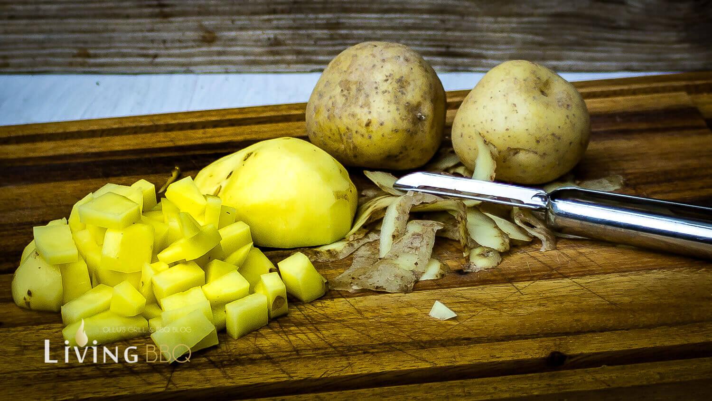 Feldsalat mit Kartoffeldressing und Cheddar Käse Würfel feldsalat mit kartoffeldressing_Feldsalat mit Kartoffeldressing und Cheddar Ka  se Wu  rfel 3 von 12