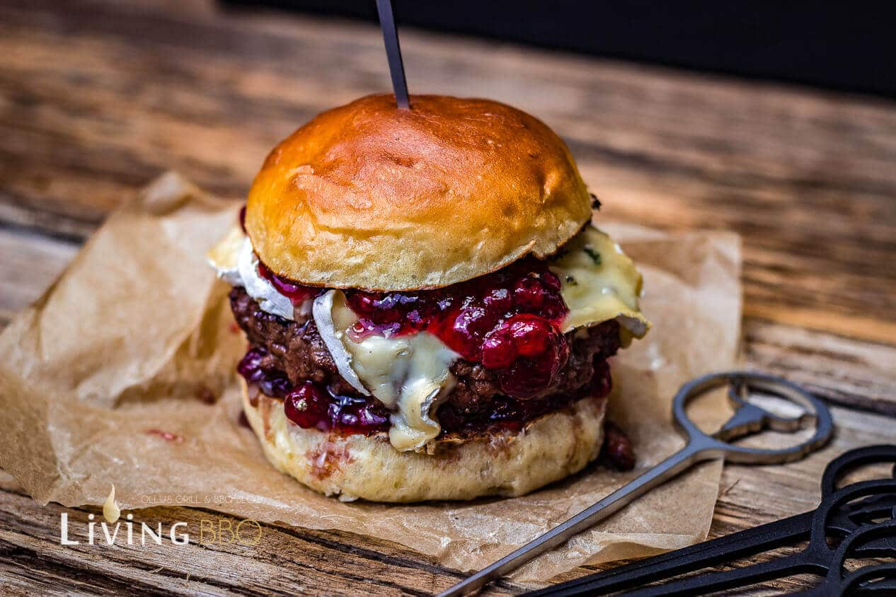 Burger mit Blauschimmelkäse grillrezepte_Bluecheese Burger 4 von 6