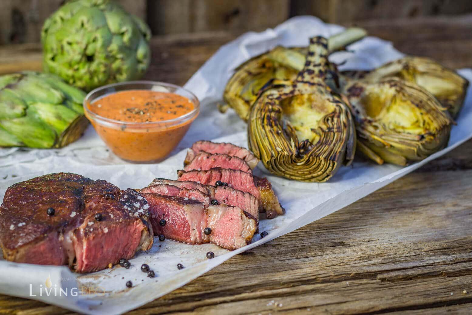 gegrilltes Steak mit Artischocke