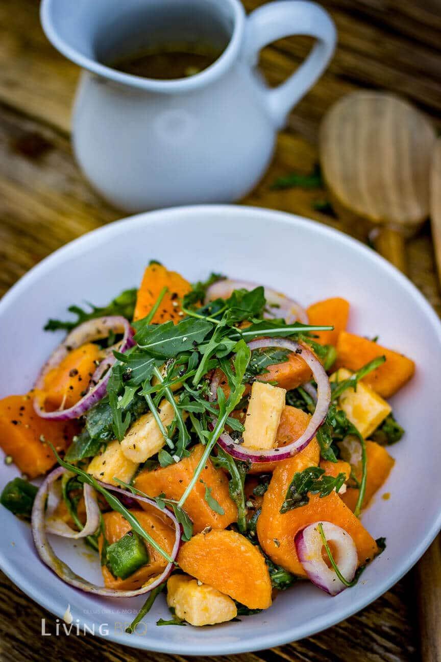 Süßkartoffelsalat mit Dressing