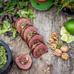 Flank Steak Rolle mit Walnuss Pesto