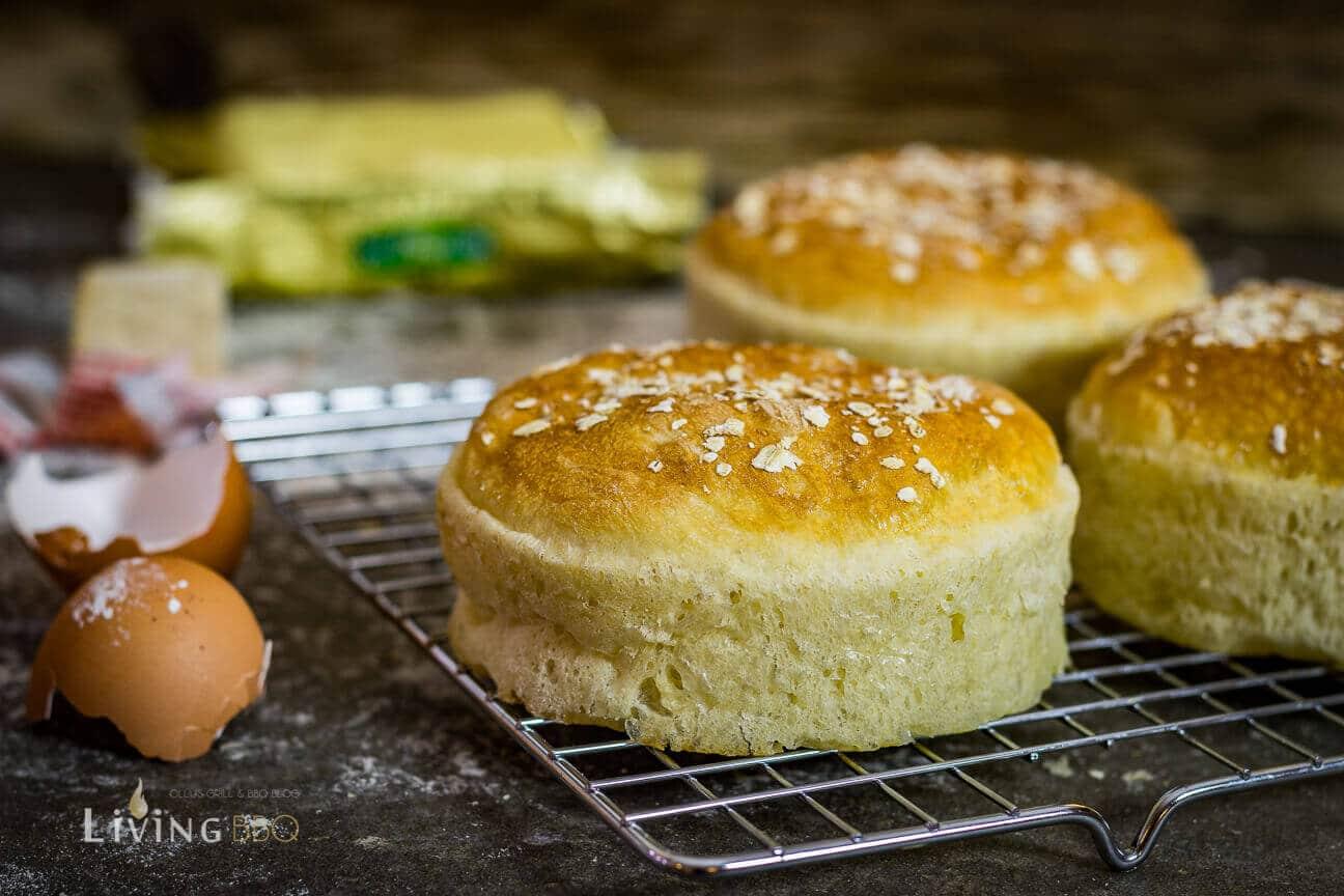Brioche Buns auskühlen lassen brioche buns_Moesta BBQ Burger Ringe Brioche Buns 8 von 10