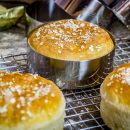 Brioche Buns in Burger Ringen gebacken