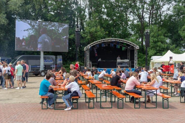 Moesta-BBQ Festival 2018 _15 Drunherum 112 750x500