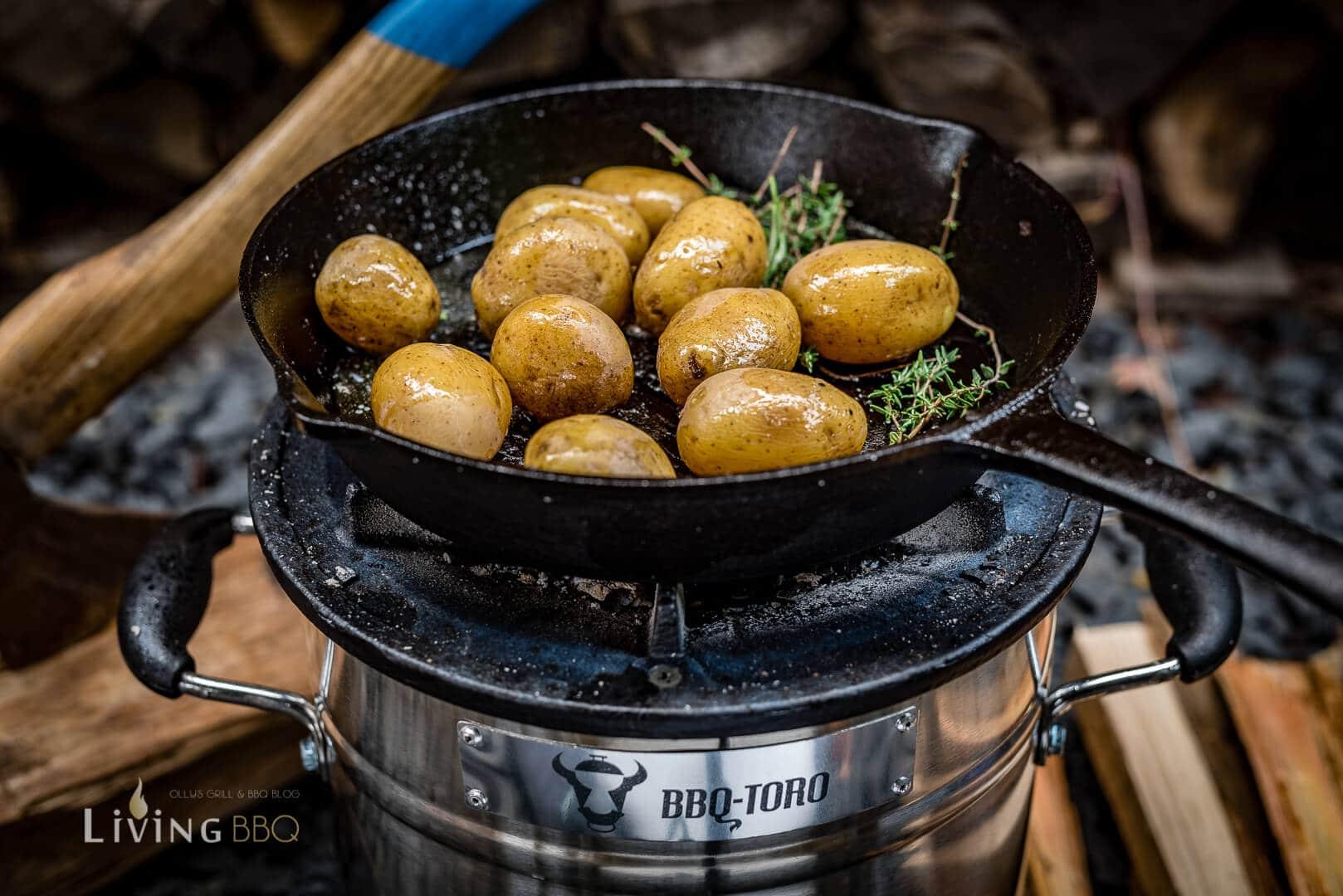 Kartoffeln in der Pfanne rösten _Raketen Ofen 23 von 32