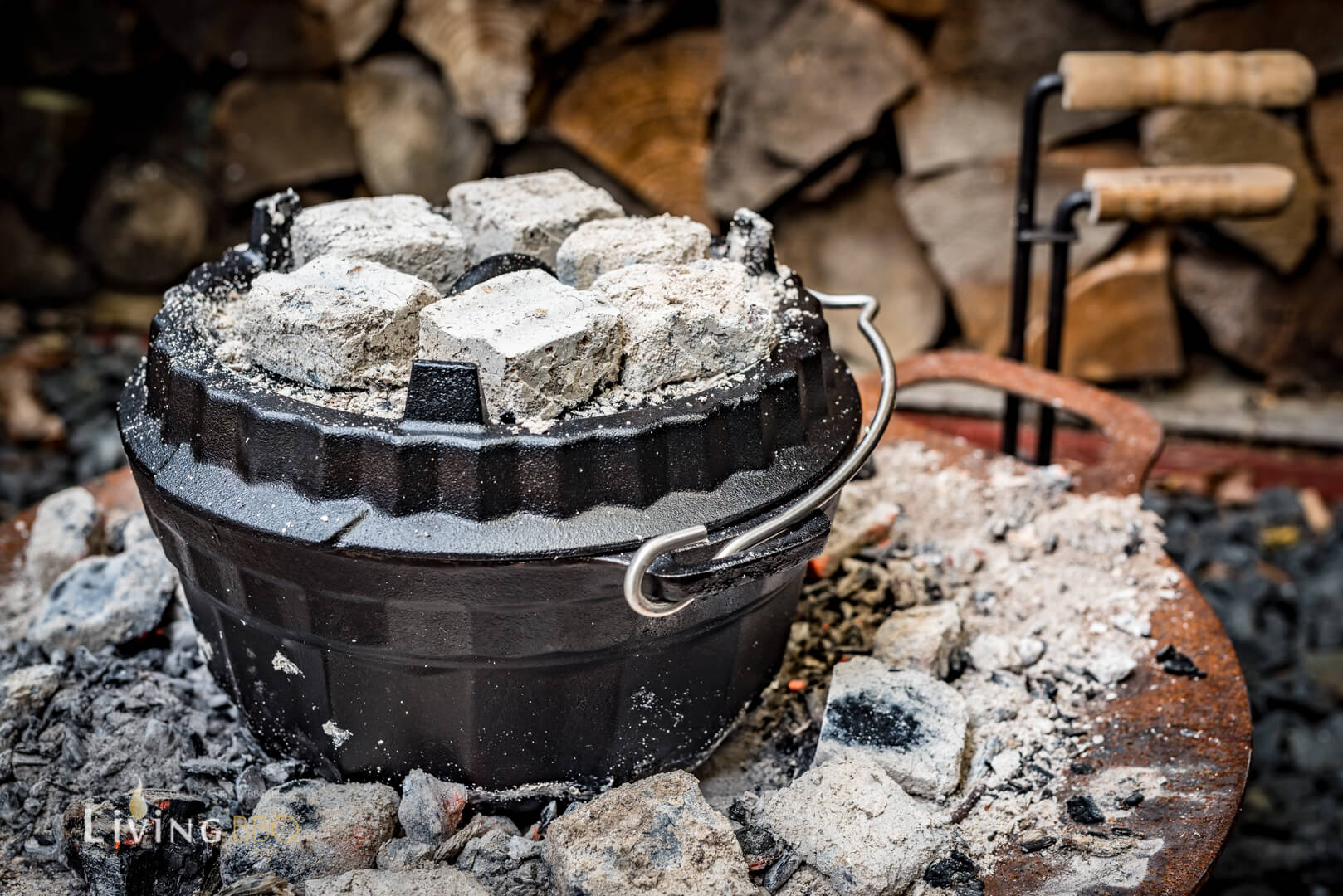 Kohlen Setup für Tiroler Nusskuchen _Tiroler Nusskuchen 8 von 17