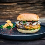Pfifferling Cheddar Burger
