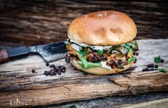 Sucuk Burger mit Cheddar Käse