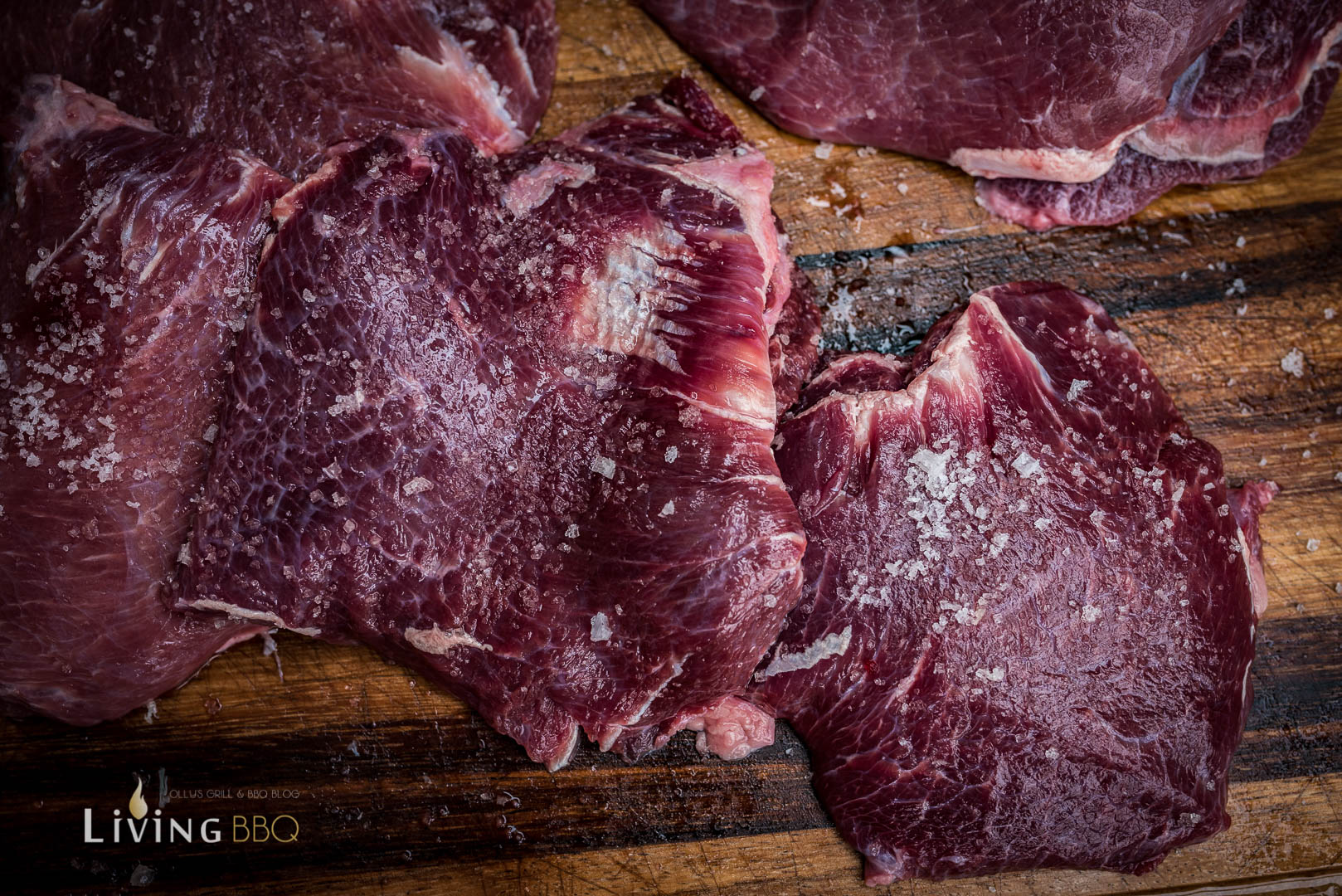 Kalbsbäckchen salzen