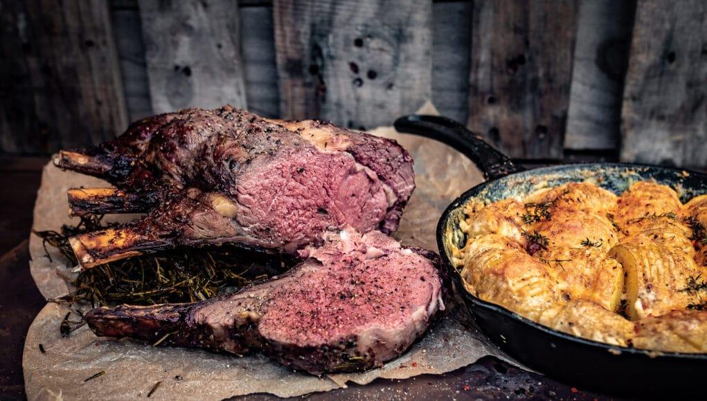 Hochrippen Braten Prime Rib Roast