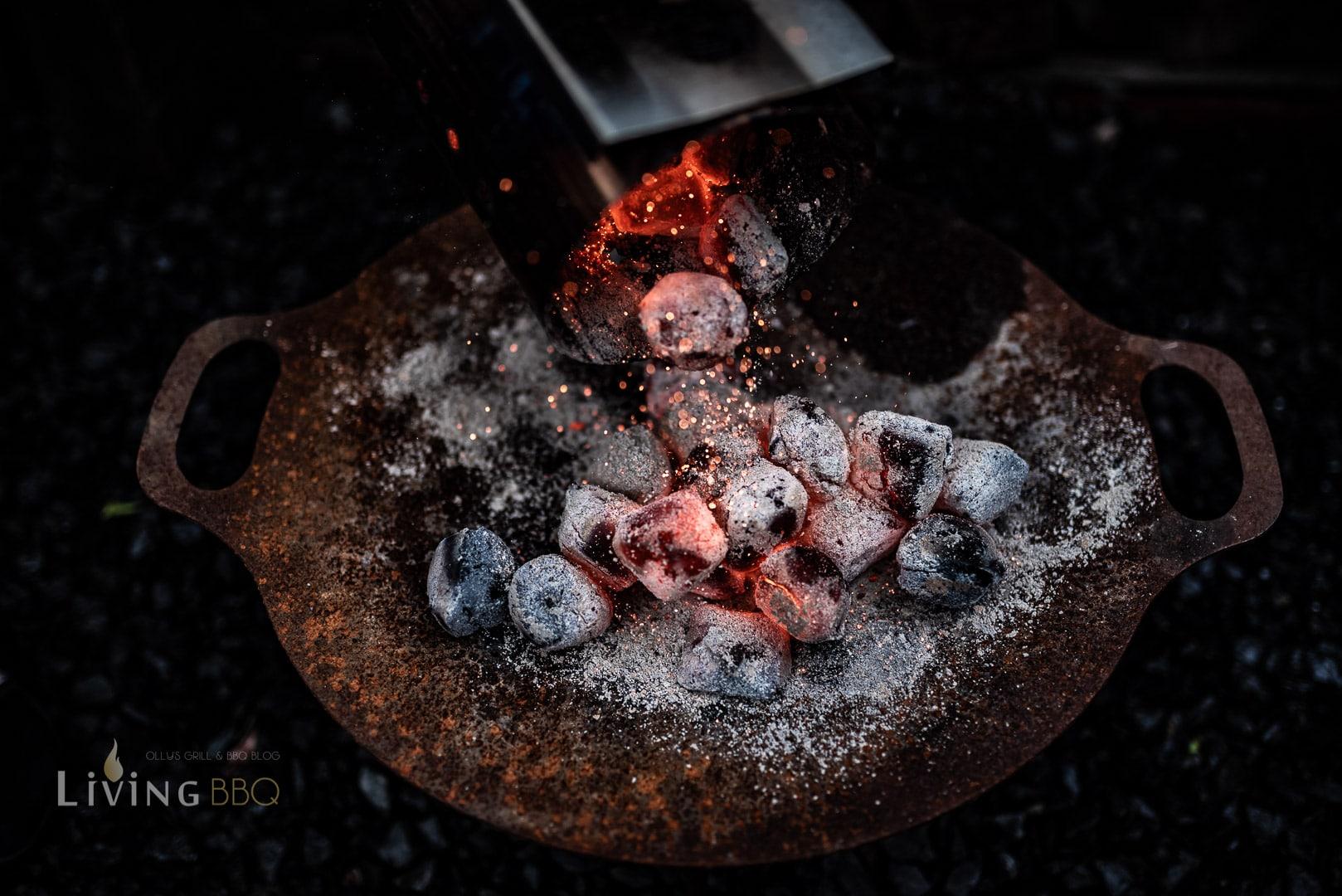 Kohlen ausschütten