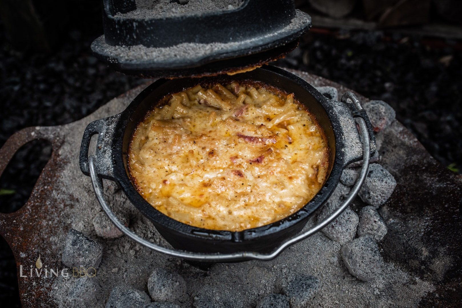Mac ´n Cheese aus dem Dutch Oven
