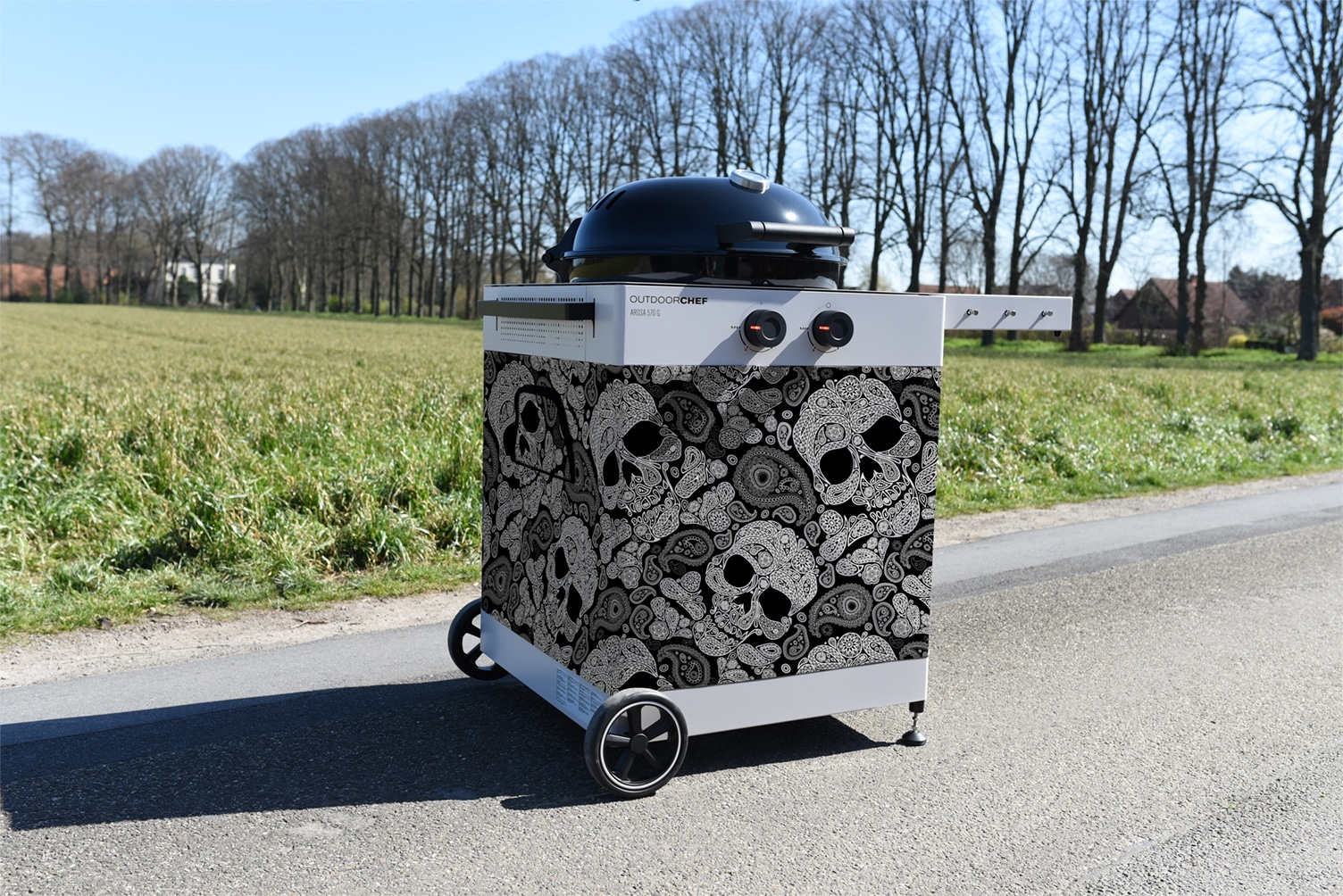 Totenkopf Optik - Outdoorchef Arosa 570 G Tex in Skull Paisley