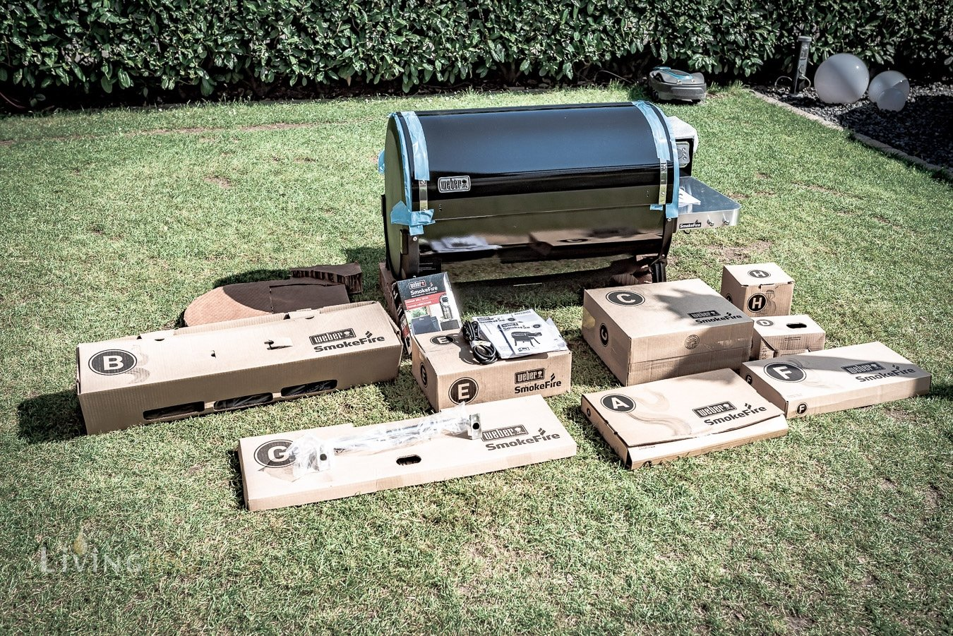 Auspacken Weber Smokefire Pelletgrill