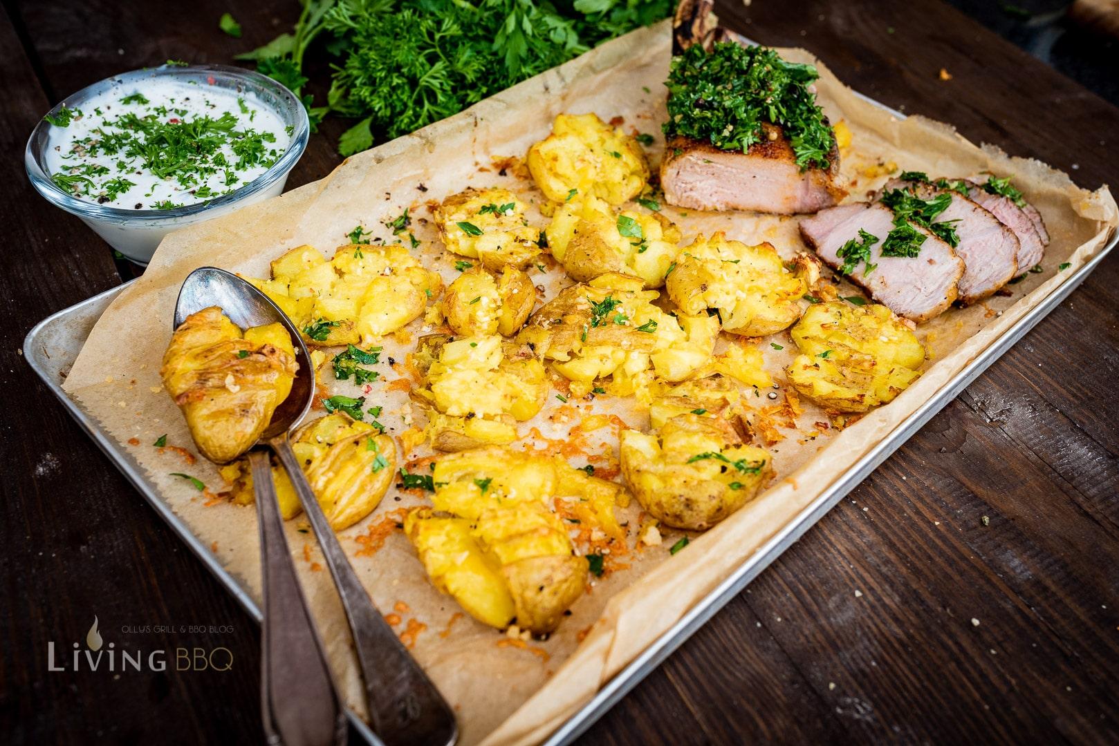 Schweinekotelett und Smashed Potatoes