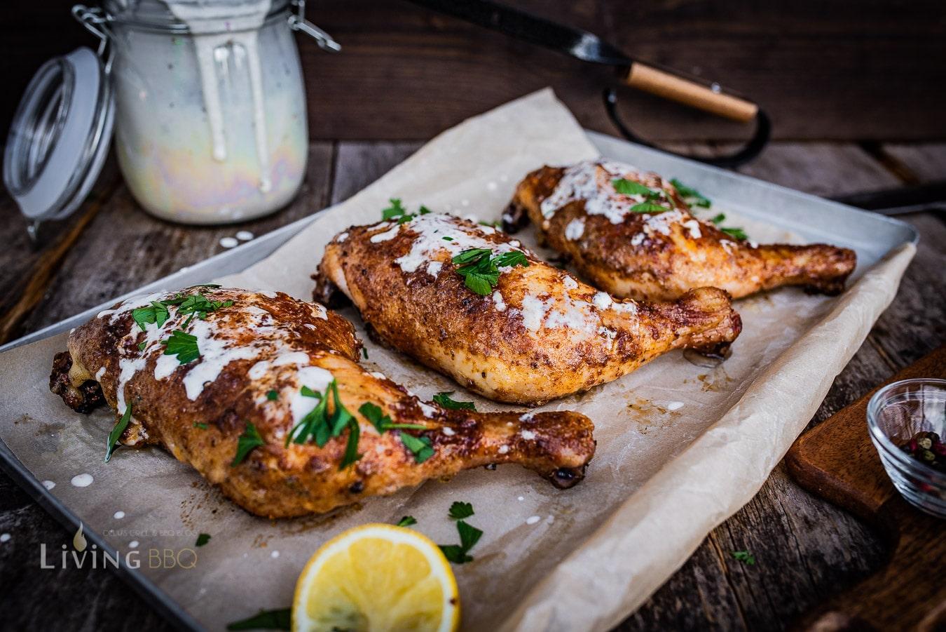 Alabama white Sauce mit Hühnerschenkel