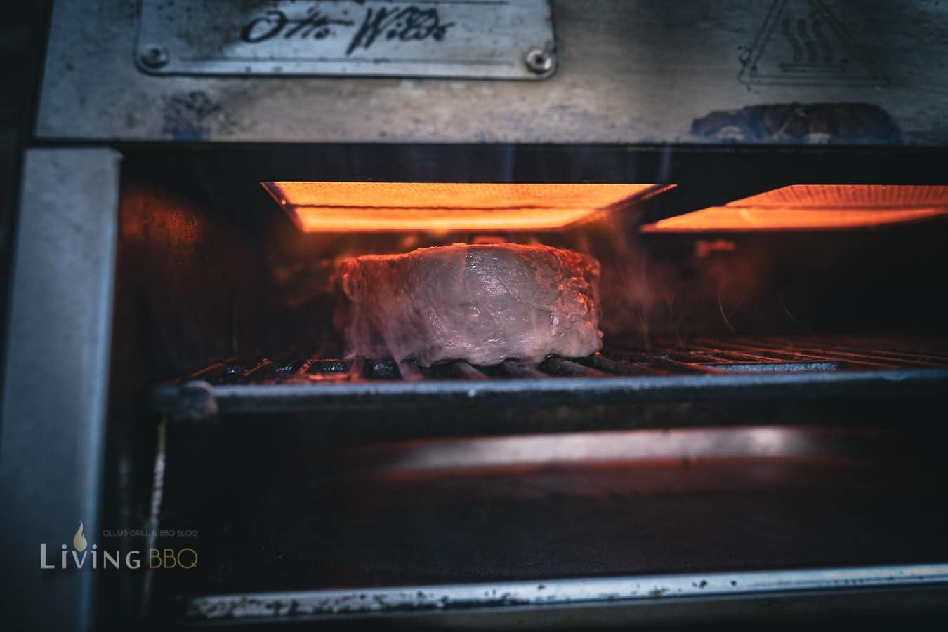 Steak im Oberhitzegrill