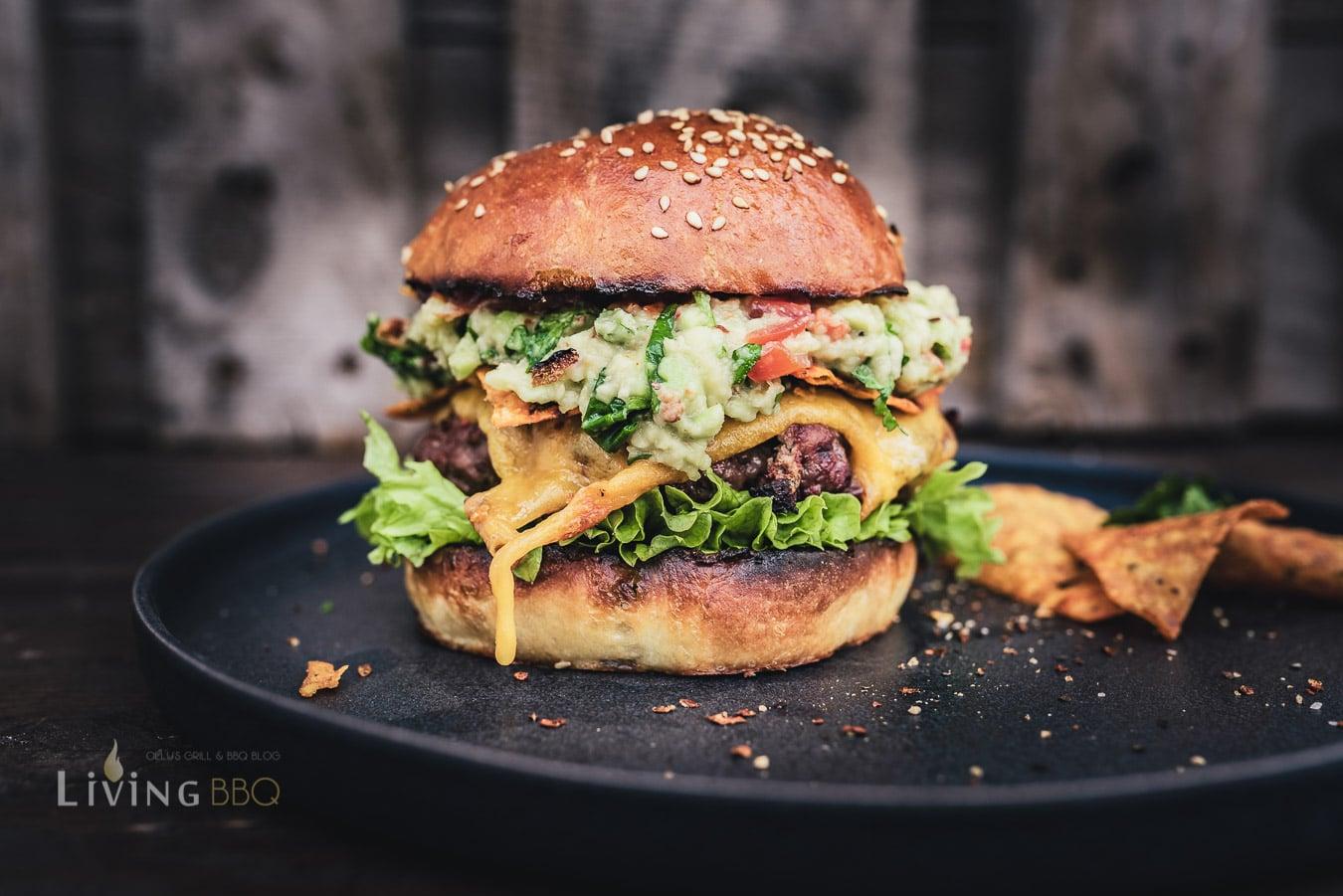 Guacamole Burger vom Outdoorchef Montreux