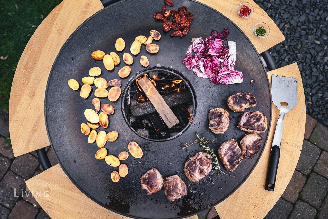 Grillen auf der BBQ Disk mit dem Bandit Fireplace