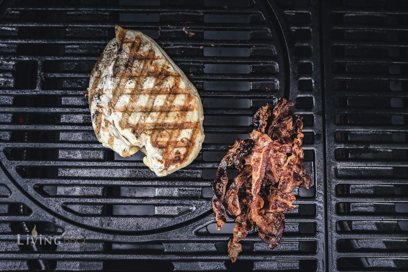 Bacon und Chicken für das Chicken Sandwich