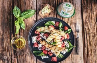 Schneller Salat zum Grill mit Honigmelone